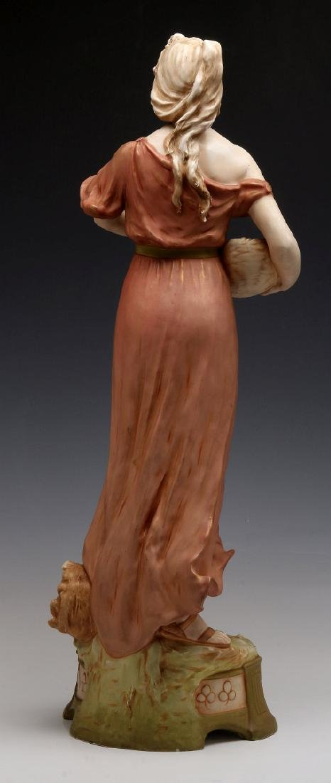 A ROYAL DUX FIGURE OF A WOMAN WITH FISH - 6