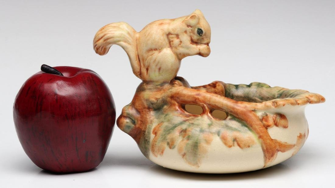 WELLER 'WOODCRAFT' ART POTTERY BOWL WITH SQUIRREL - 2