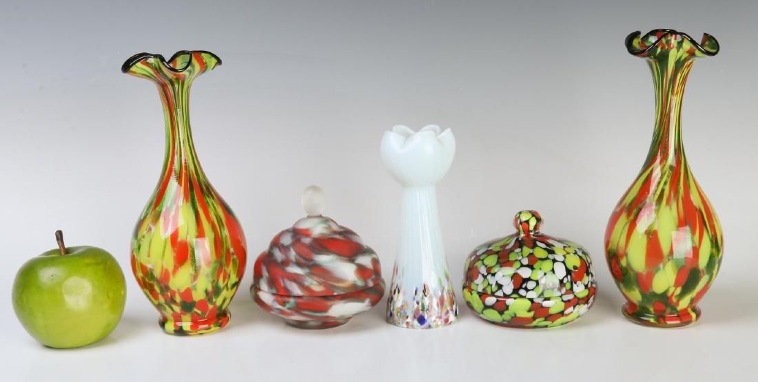 A COLLECTION OF CZECHOSLOVAKIAN ART GLASS - 6