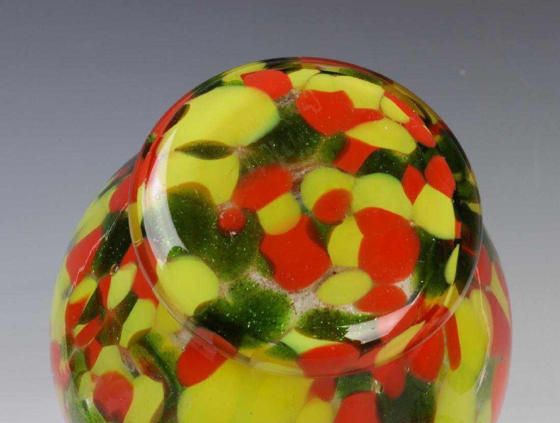 A COLLECTION OF CZECHOSLOVAKIAN ART GLASS - 9