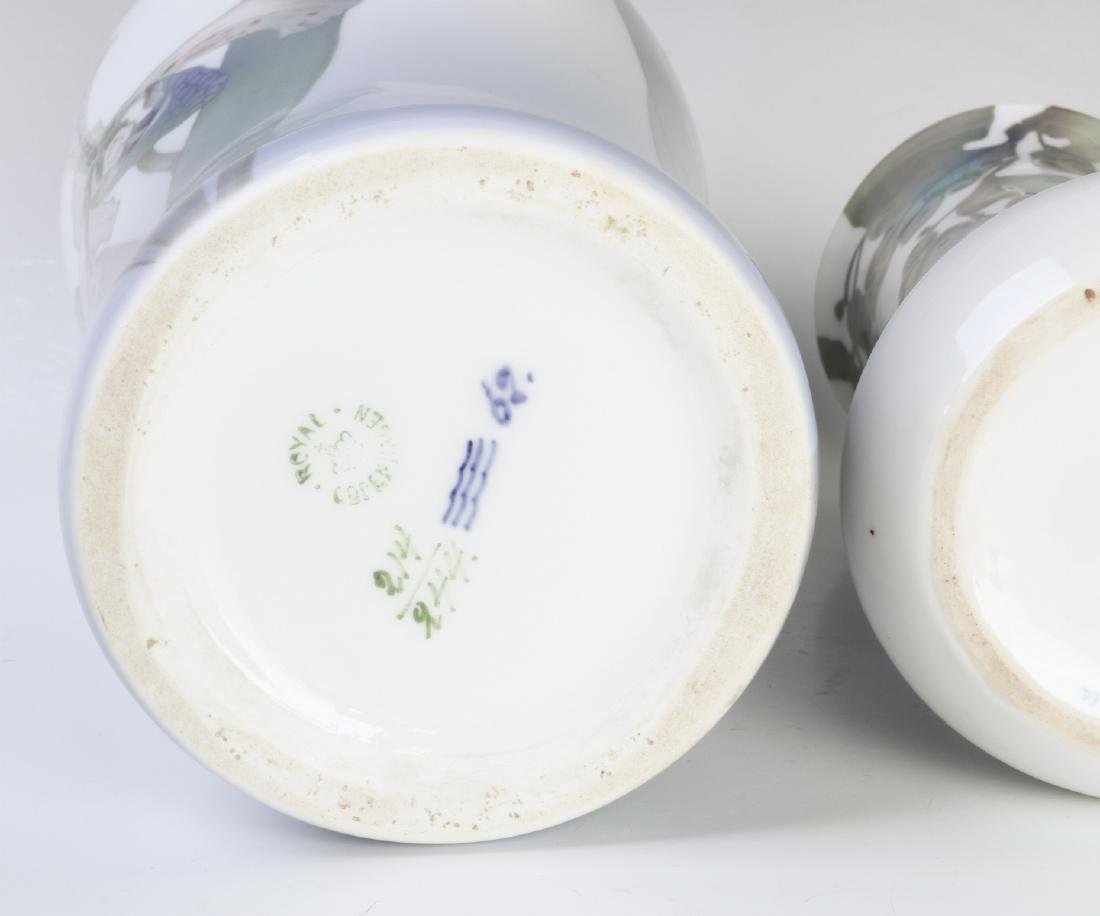 TWO WELL-EXECUTED EUROPEAN PORCELAIN VASES - 10