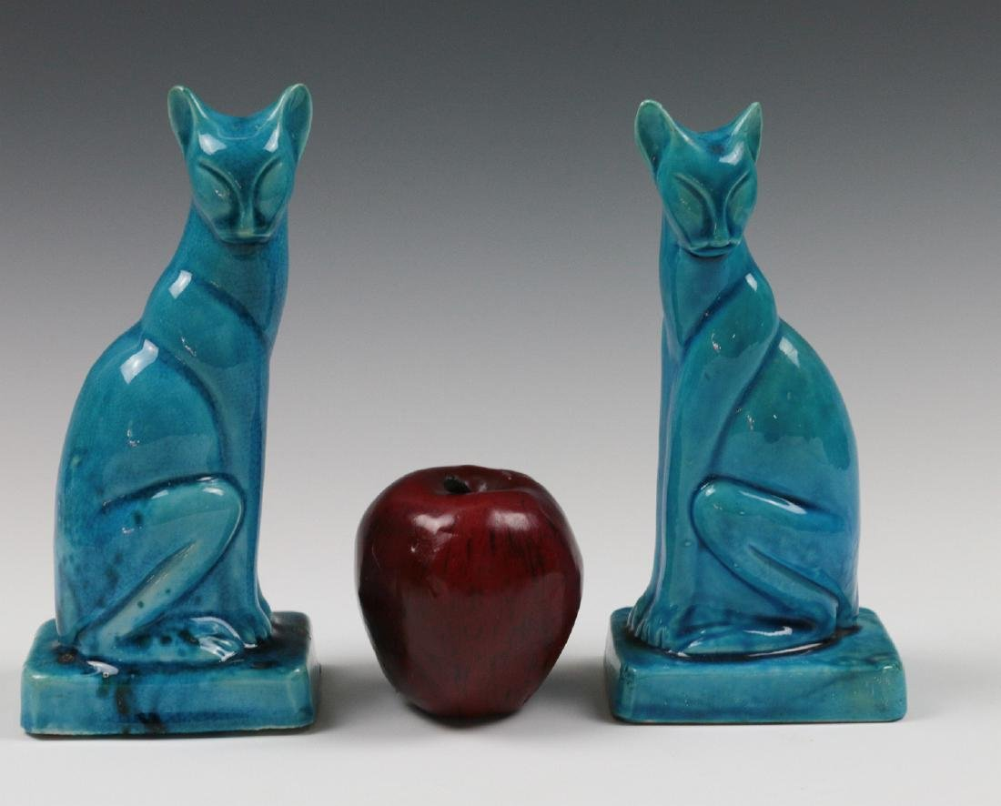 A PAIR EARLY 20TH C. CHINESE BLUE CRACKLE CATS - 2