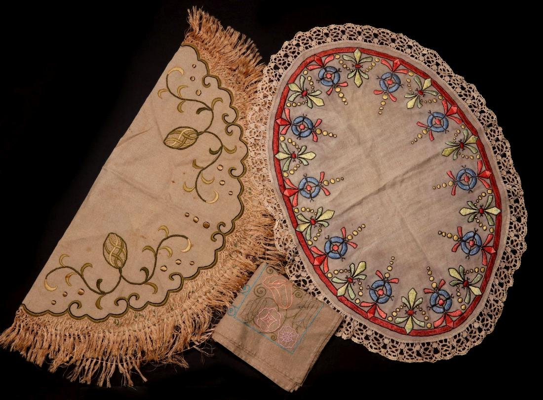 ARTS AND CRAFTS EMBROIDERED LINEN TEXTILES