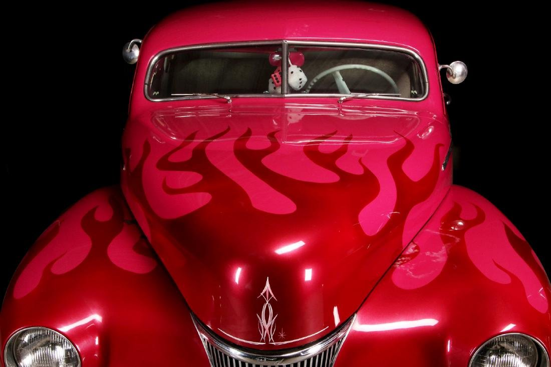 AN AWARD-WINNING CUSTOM CHOPPED 1941 FORD COUPE - 11