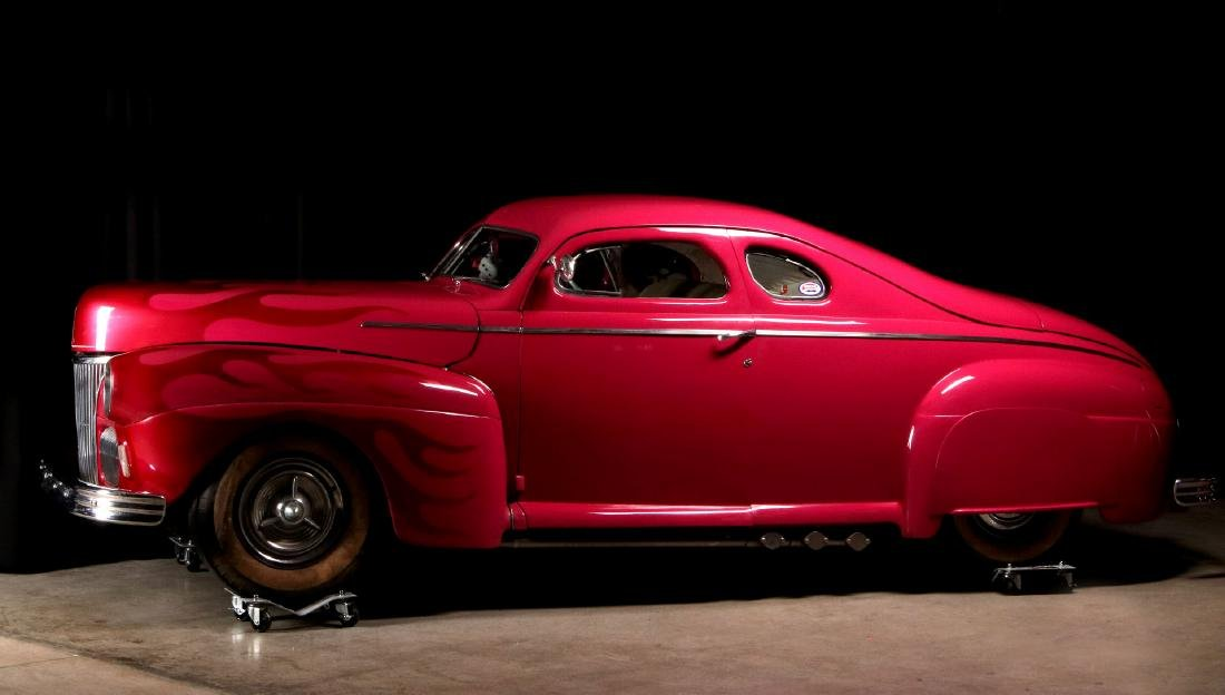 AN AWARD-WINNING CUSTOM CHOPPED 1941 FORD COUPE - 19