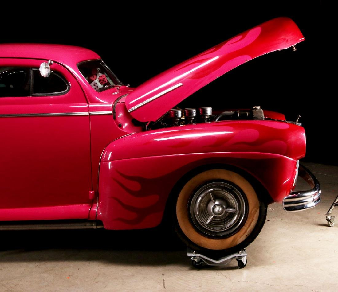AN AWARD-WINNING CUSTOM CHOPPED 1941 FORD COUPE - 2
