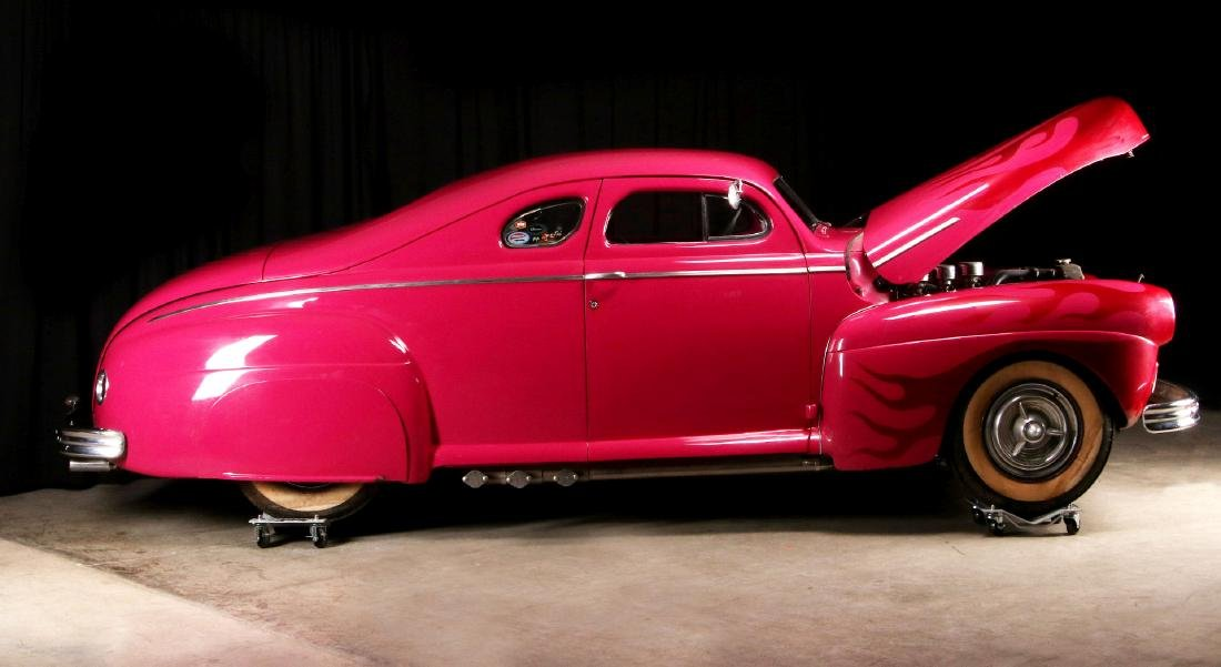 AN AWARD-WINNING CUSTOM CHOPPED 1941 FORD COUPE - 8