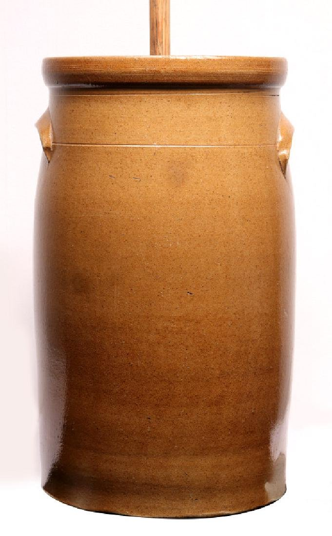 A GOOD MID-WESTERN COBALT DECORATED BUTTER CHURN - 6