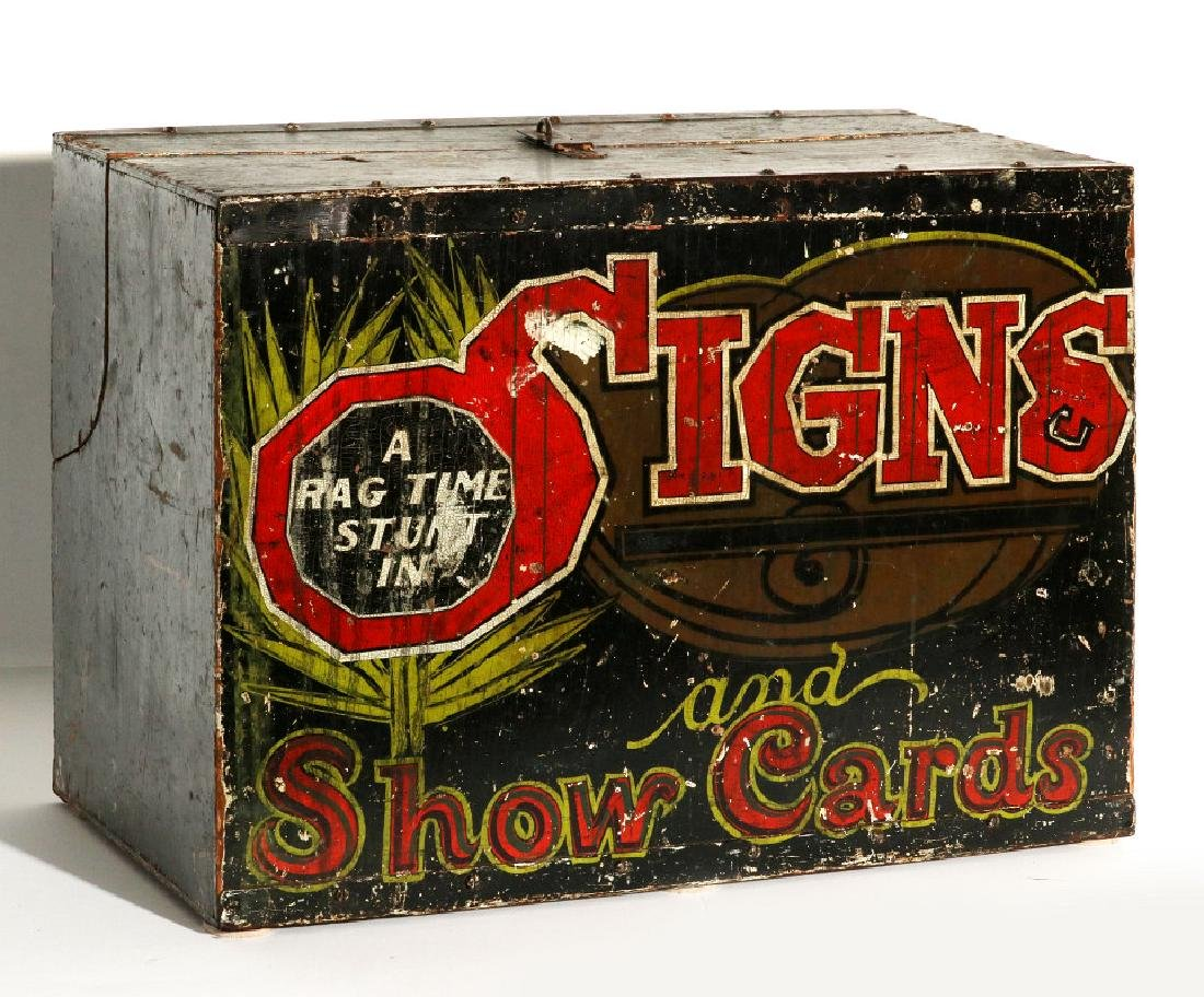 1930s PERFORMER'S TRAVEL CASE - A RAGTIME STUNT