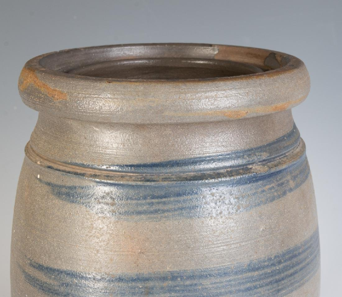 A 19TH C. BLUE DECORATED STONEWARE CANNING JAR - 6