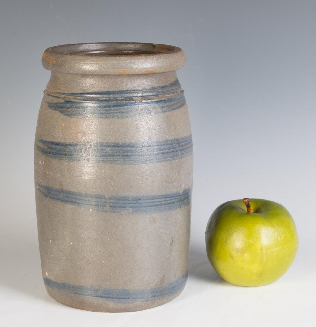 A 19TH C. BLUE DECORATED STONEWARE CANNING JAR - 7