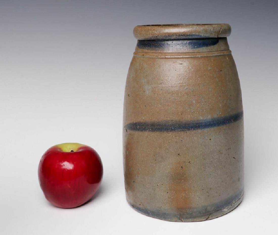A 19TH C. BLUE DECORATED STONEWARE CANNING JAR - 5
