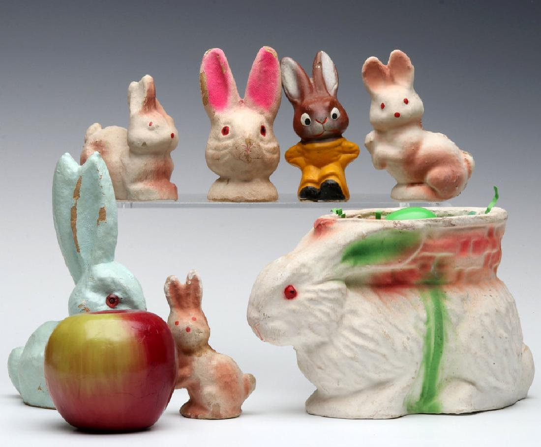A COLLECTION OF VINTAGE EASTER RABBIT FIGURES - 2