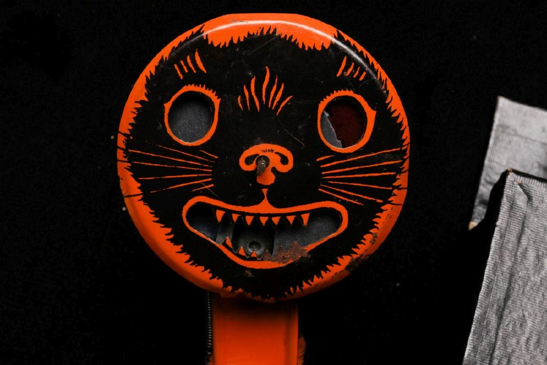 VINTAGE HALLOWEEN NOISEMAKERS AND POP-OUT GAG - 3