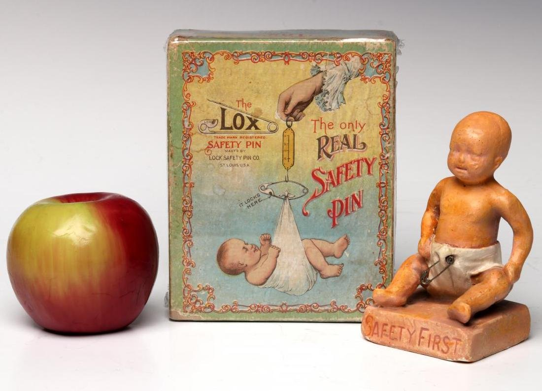 A 1900s BOX WITH GREAT GRAPHICS FOR LOX BABY PINS - 2