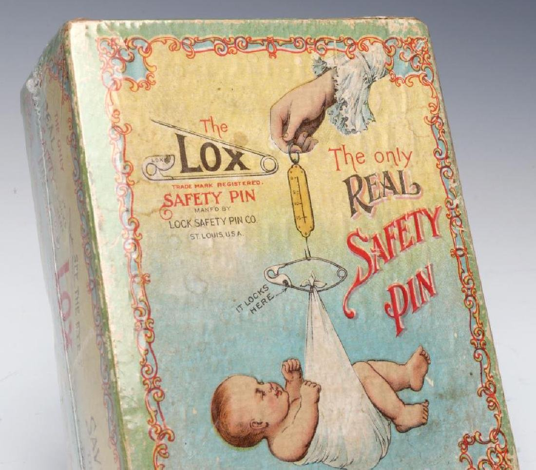 A 1900s BOX WITH GREAT GRAPHICS FOR LOX BABY PINS - 4