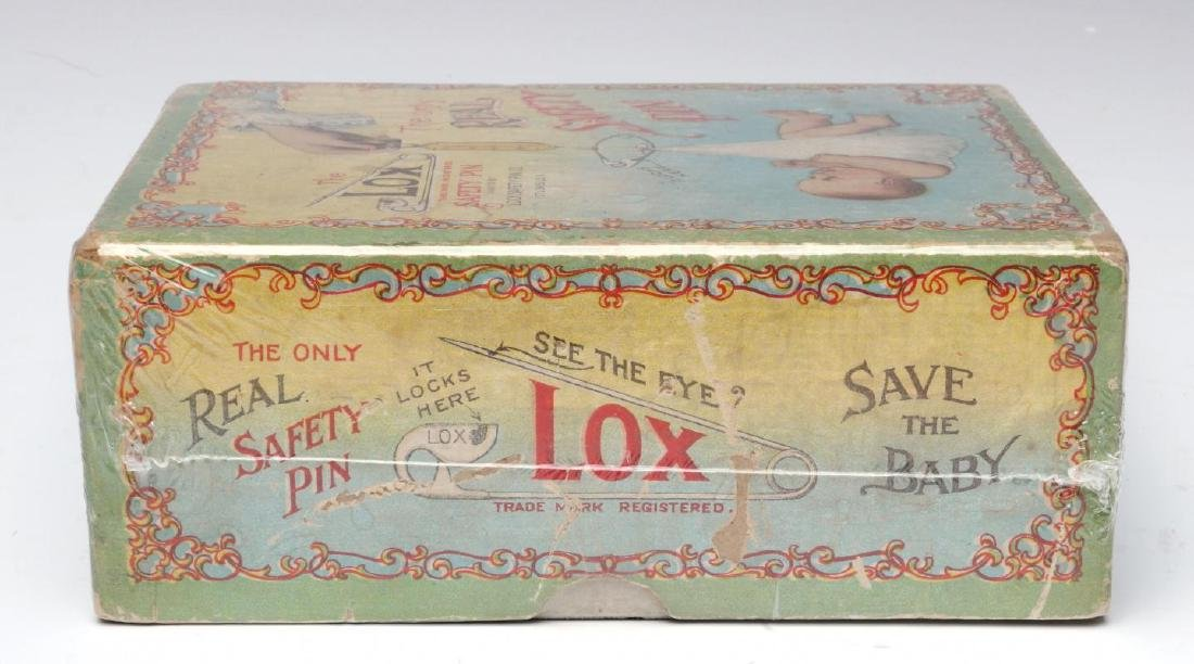 A 1900s BOX WITH GREAT GRAPHICS FOR LOX BABY PINS - 6