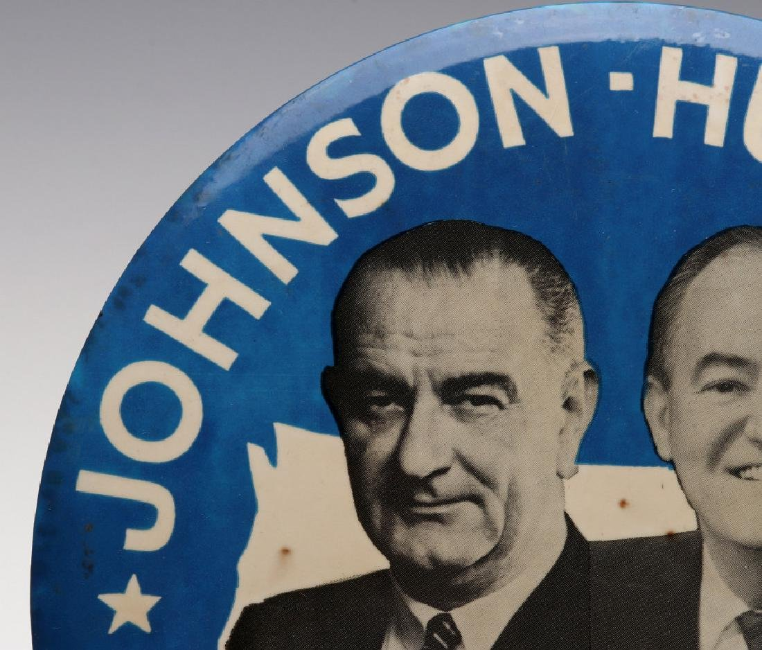 A JOHNSON HUMPHREY NINE INCH 1964 CAMPAIGN BUTTON - 3