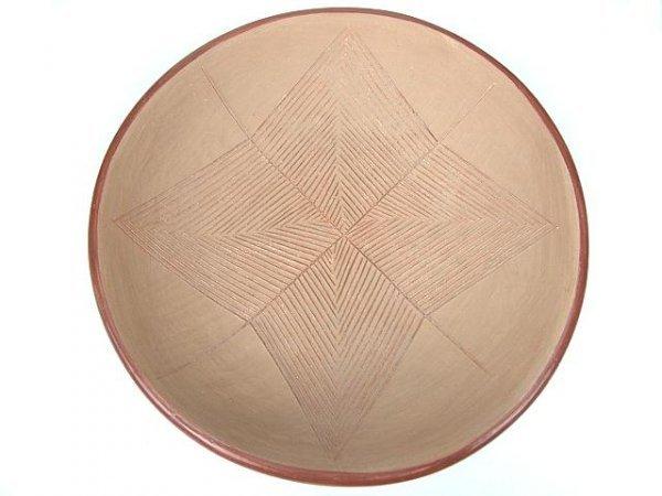 12: SAN JUAN RED-WARE PLATE W/ INCISED DESIGNS