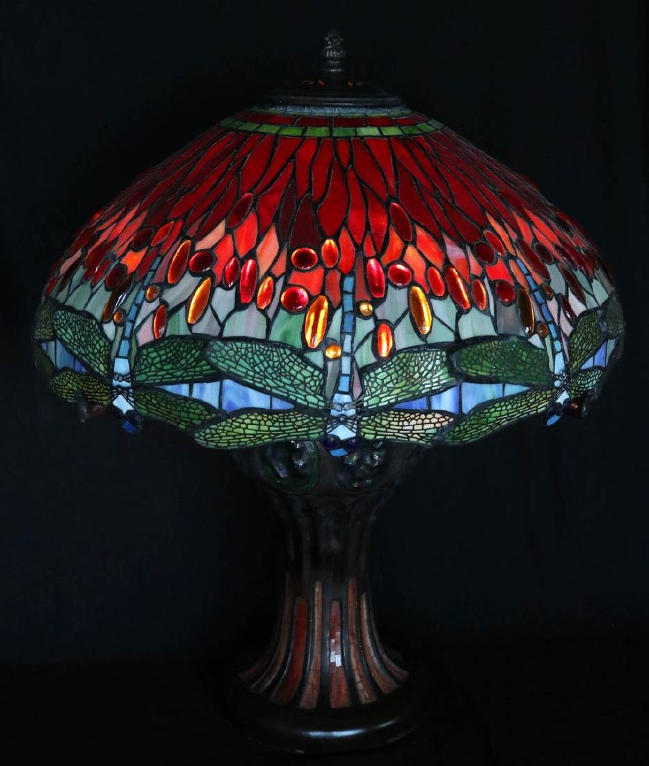 A LARGE LATE 20TH C. DRAGONFLY LEADED TABLE LAMP