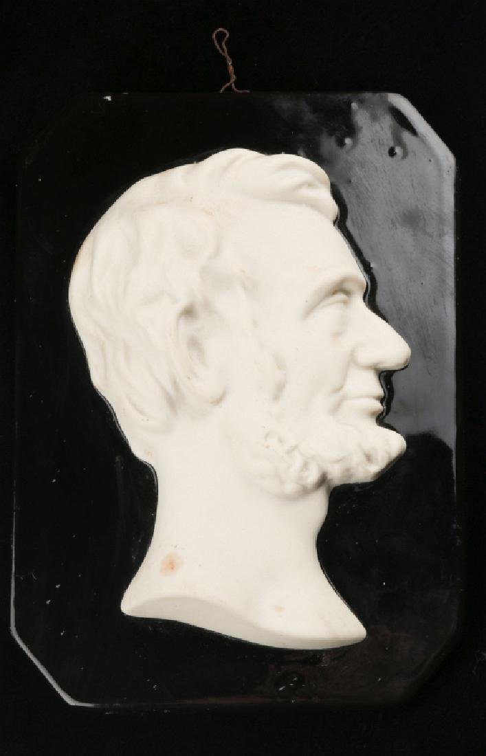 A MOSAIC TILE CO. BUST OF LINCOLN CAMEO PLAQUE