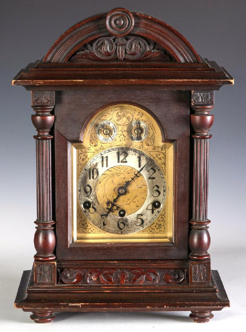 A KIENZLE WESTMINSTER CHIME BRACKET CLOCK