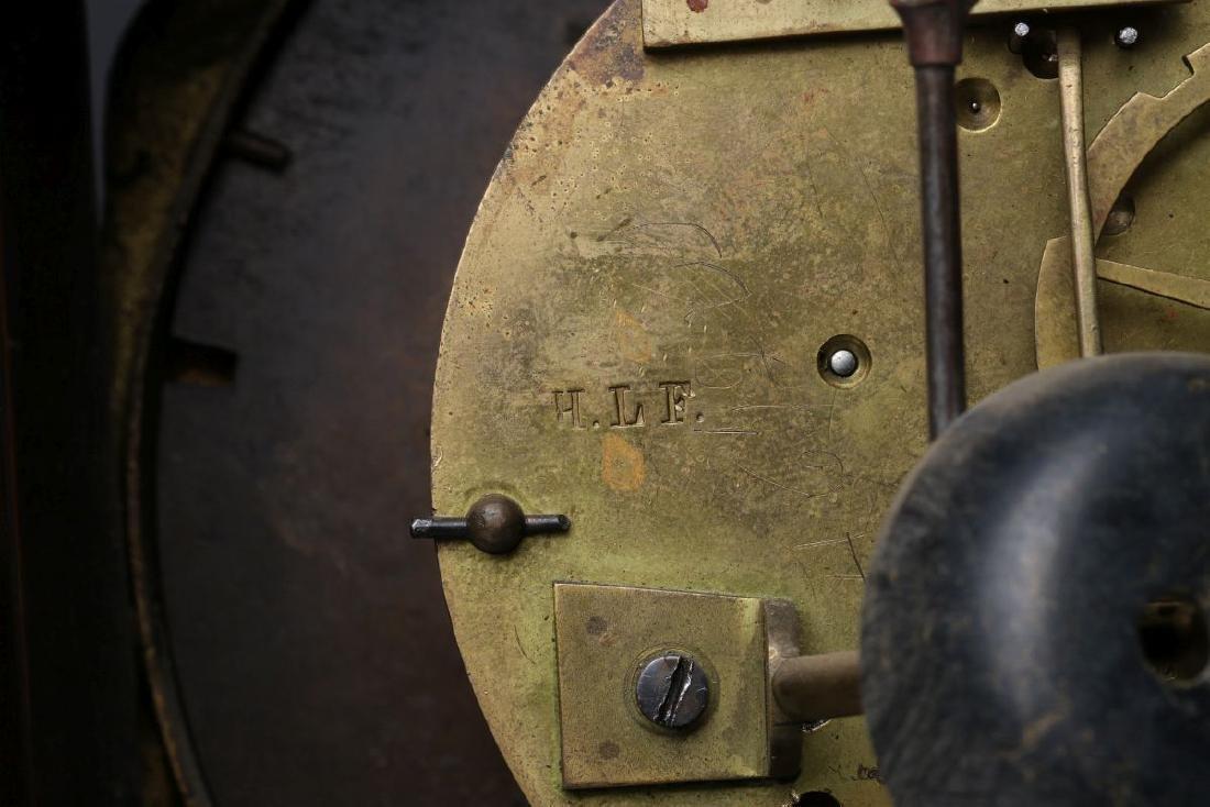 A 19TH CENTURY CONTINENTAL MARQUETRY PORTICO CLOCK - 6