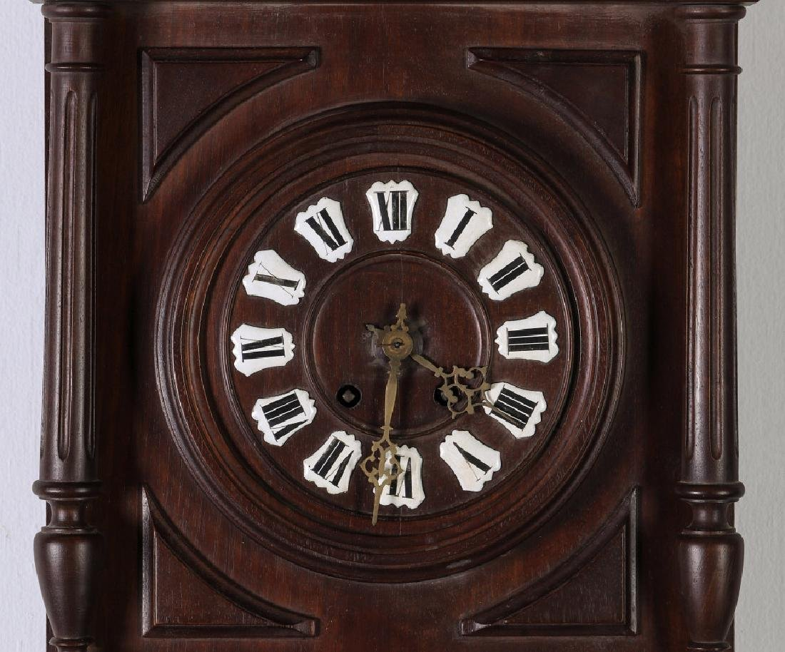 A 19TH CENTURY GERMAN BLACK FOREST WALL CLOCK - 3