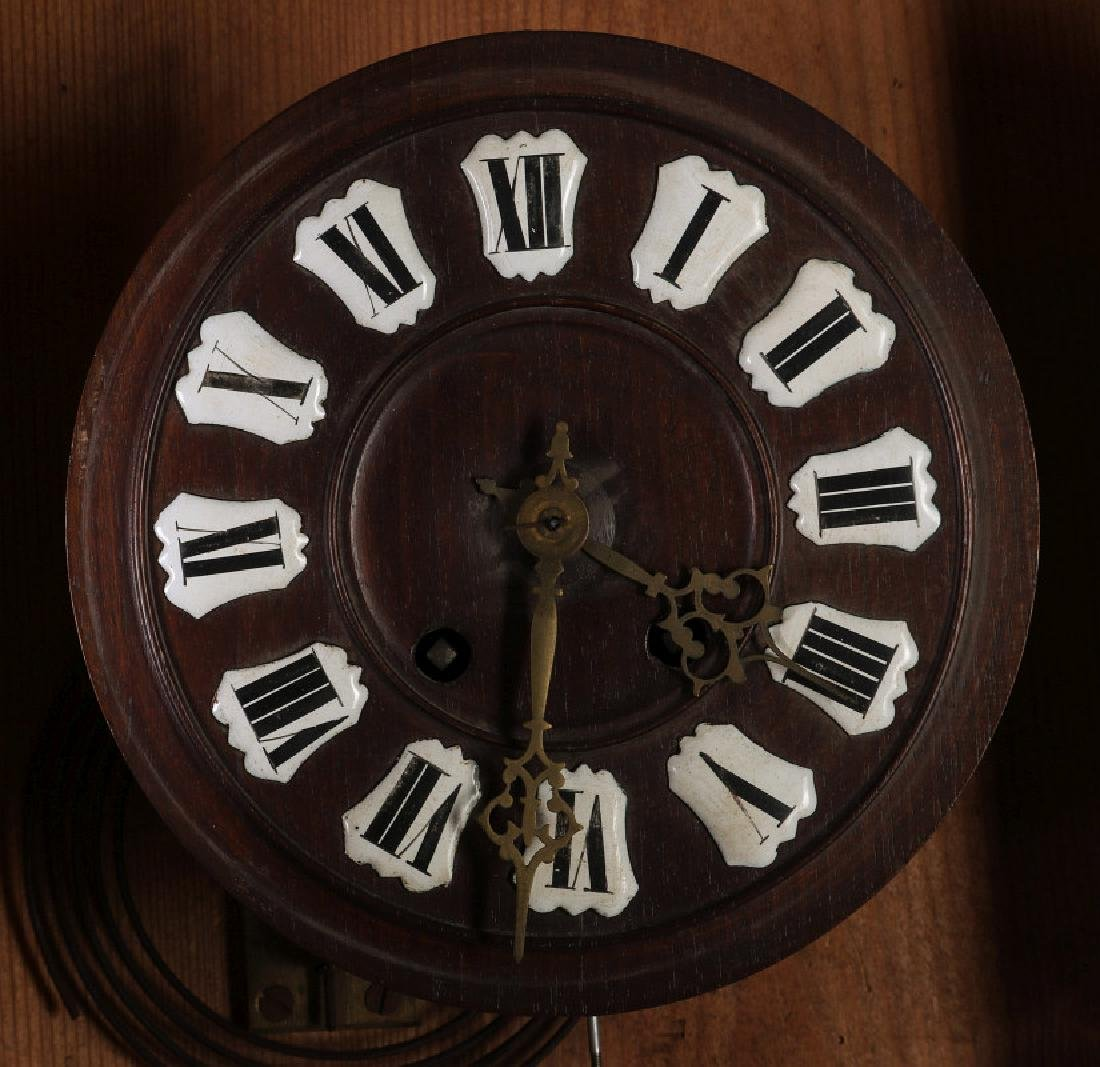 A 19TH CENTURY GERMAN BLACK FOREST WALL CLOCK - 5