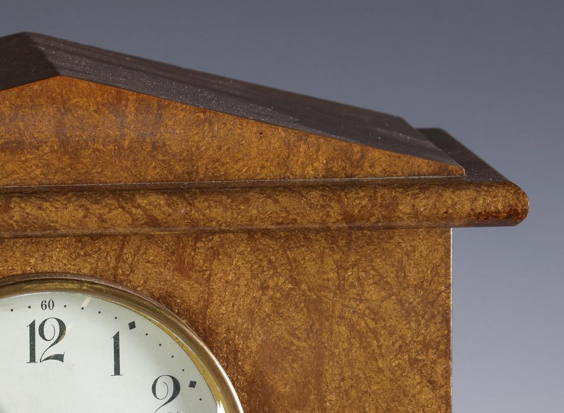 A SETH THOMAS ADAMANTINE FINISH MANTEL CLOCK - 3