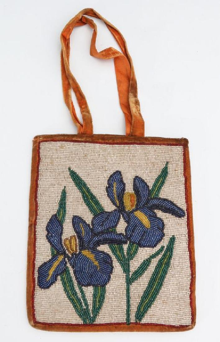 AN EARLY TO MID 20TH C. NEZ PERCE BEADED BAG