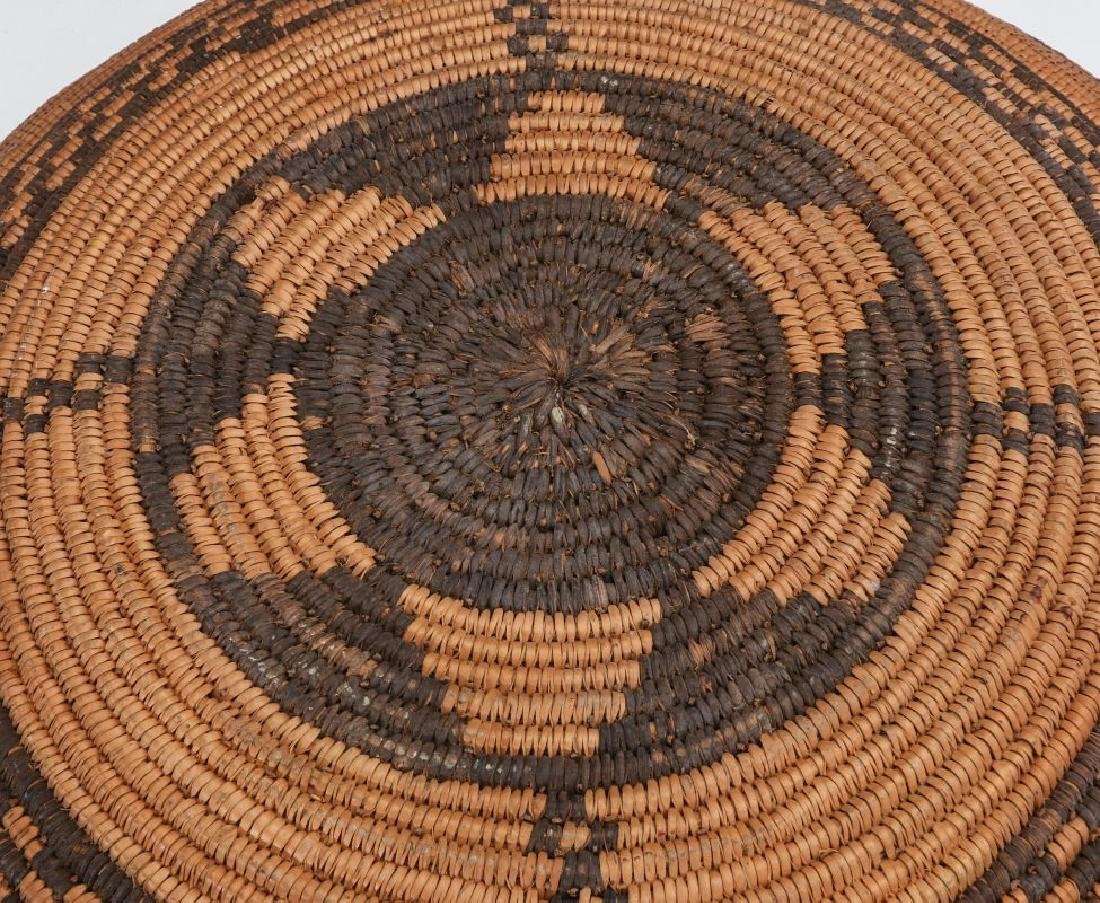A GOOD EARLY 20TH C PIMA INDIAN BASKETRY BOWL - 11