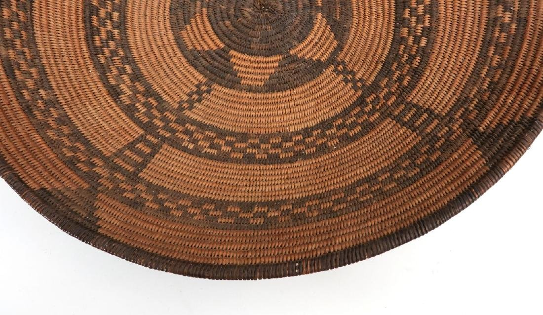 A GOOD EARLY 20TH C PIMA INDIAN BASKETRY BOWL - 6