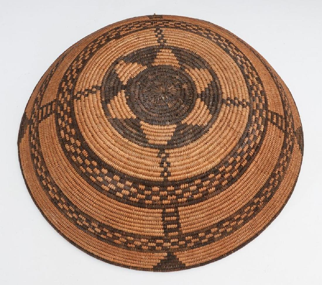 A GOOD EARLY 20TH C PIMA INDIAN BASKETRY BOWL - 9