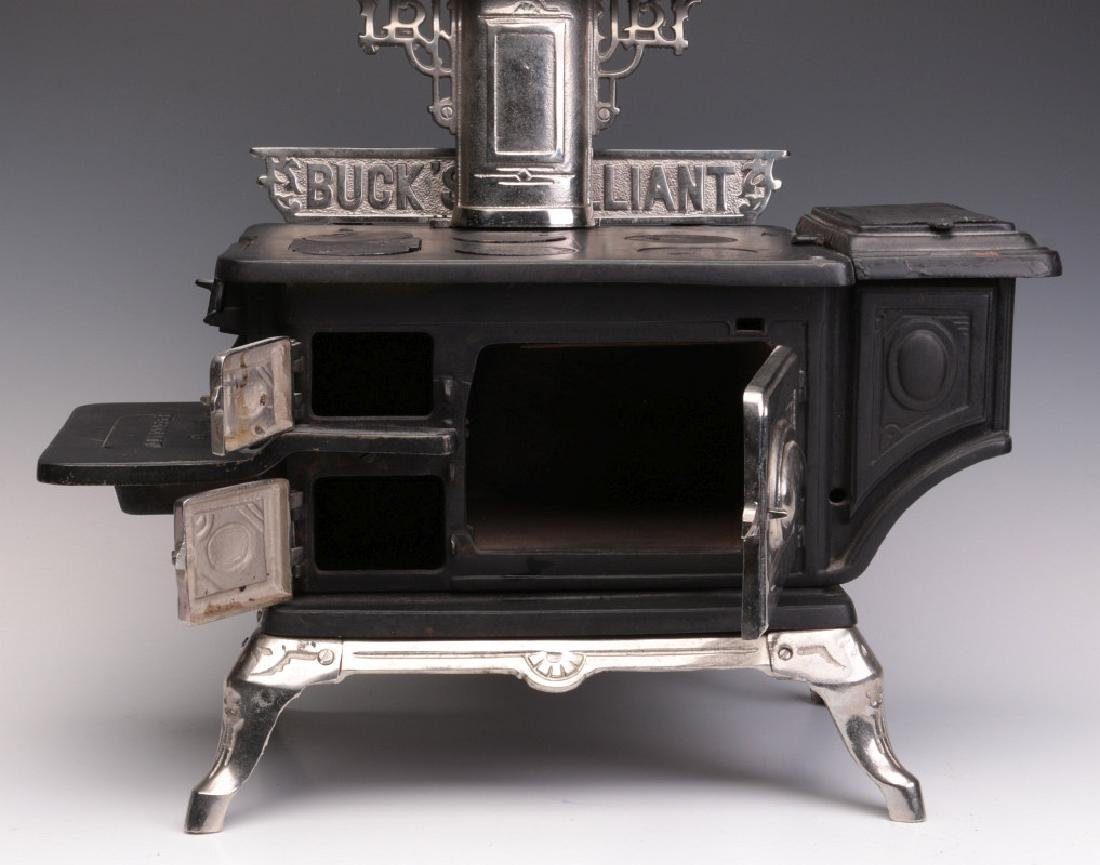 A MICHIGAN STOVE CO. 'BUCK'S BRILLIANT' TOY STOVE - 4