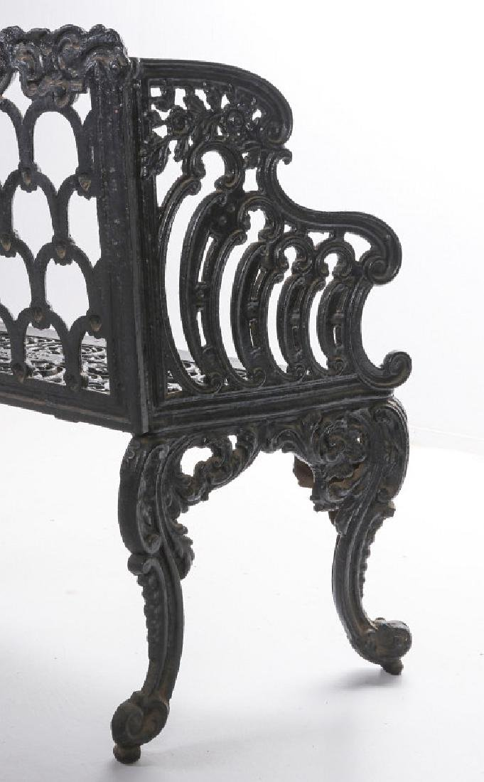 A 'WHITE HOUSE ROSE GARDEN' PATTERN IRON BENCH - 10