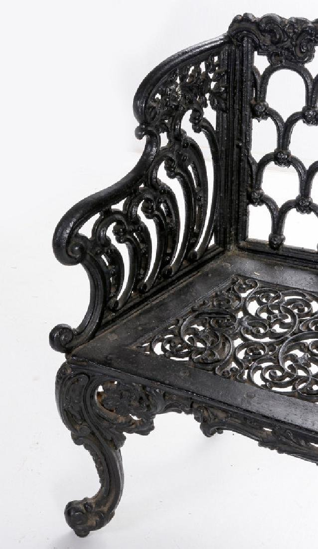 A 'WHITE HOUSE ROSE GARDEN' PATTERN IRON BENCH - 2