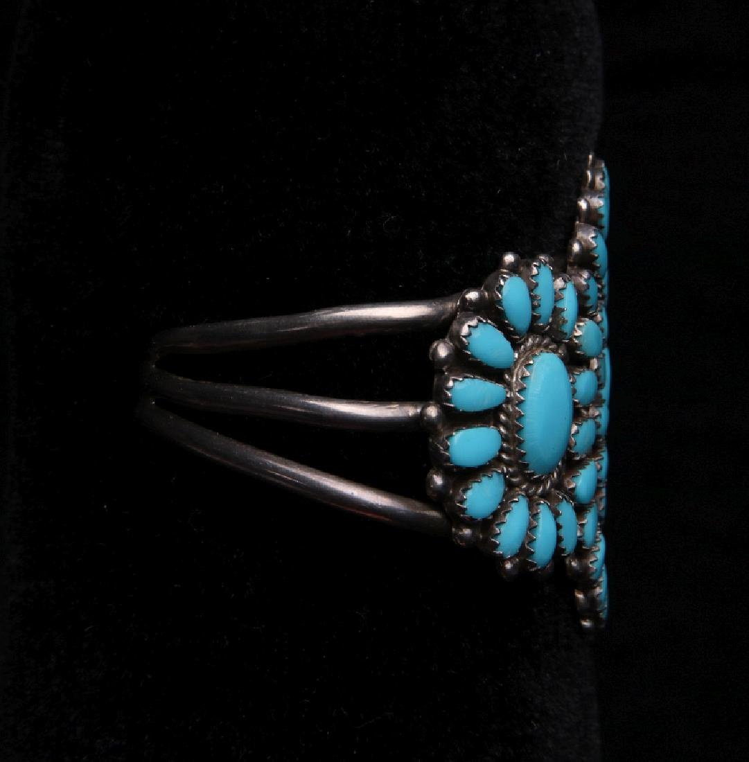 A ZUNI STERLING SILVER AND TURQUOISE CUFF BRACELET - 2