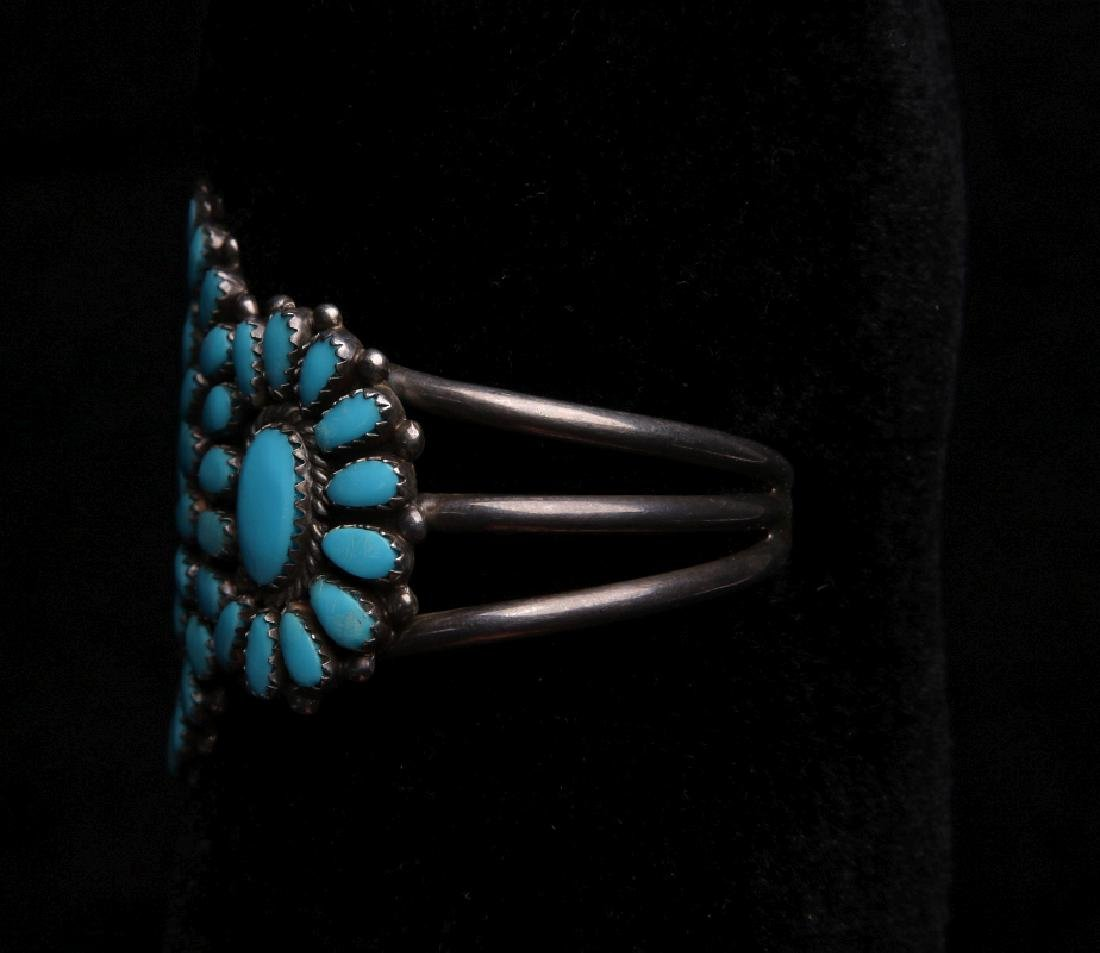 A ZUNI STERLING SILVER AND TURQUOISE CUFF BRACELET - 3