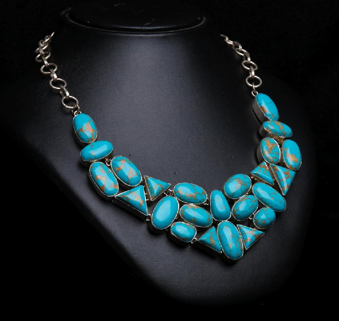 A SANTO DOMINGO STERLING AND TURQUOISE NECKLACE