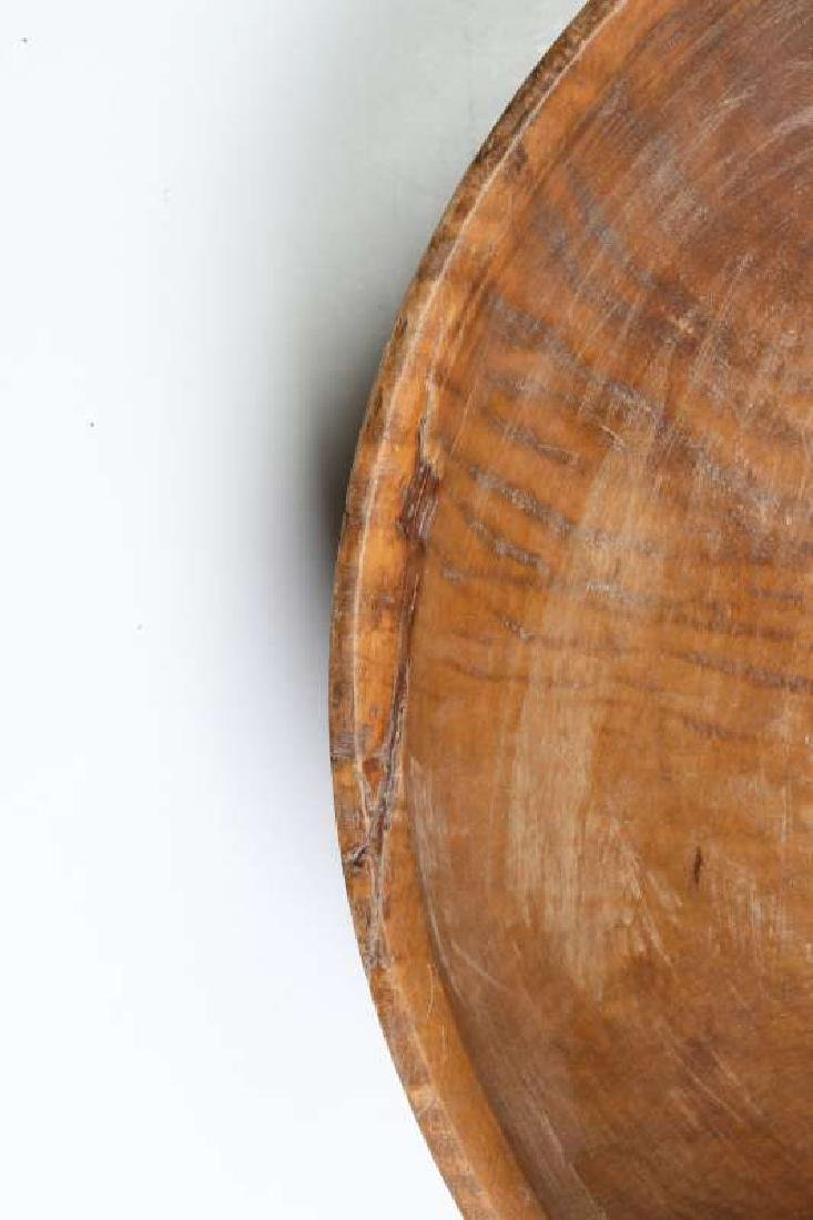 A LARGE 19TH CENTURY AMERICAN TIGER MAPLE DOUGH BOWL - 3