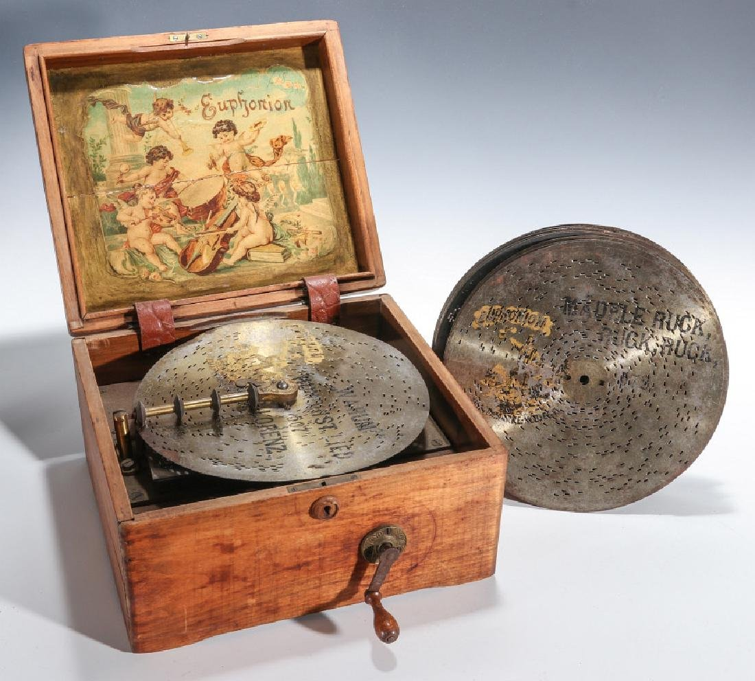 A LATE 19TH CENTURY EUPHONION HAND OPERATED MUSIC BOX