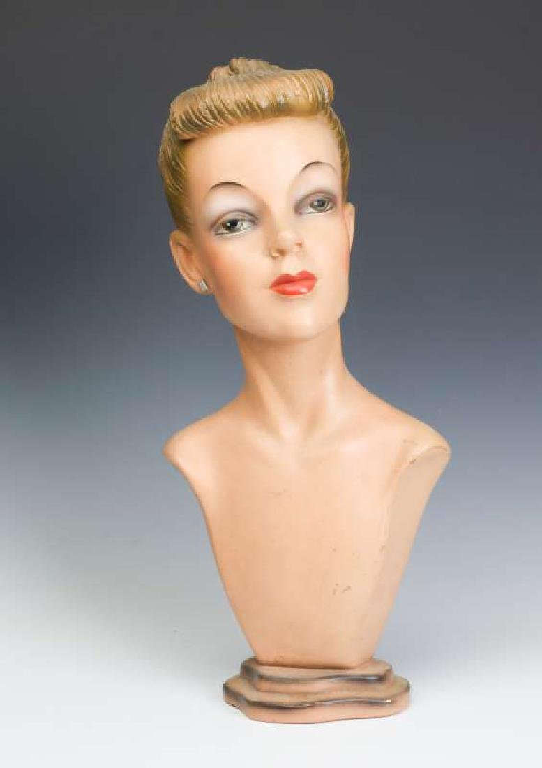 A GOOD C. 1940 DEPT STORE MANNEQUIN HEAD DISPLAY