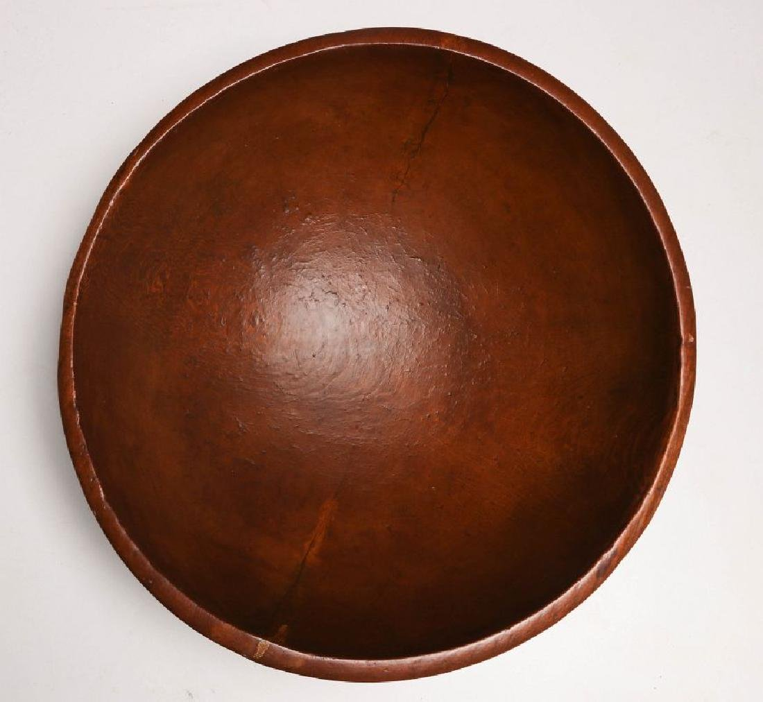 A GOOD LARGE 19TH CENTURY WOOD DOUGH BOWL