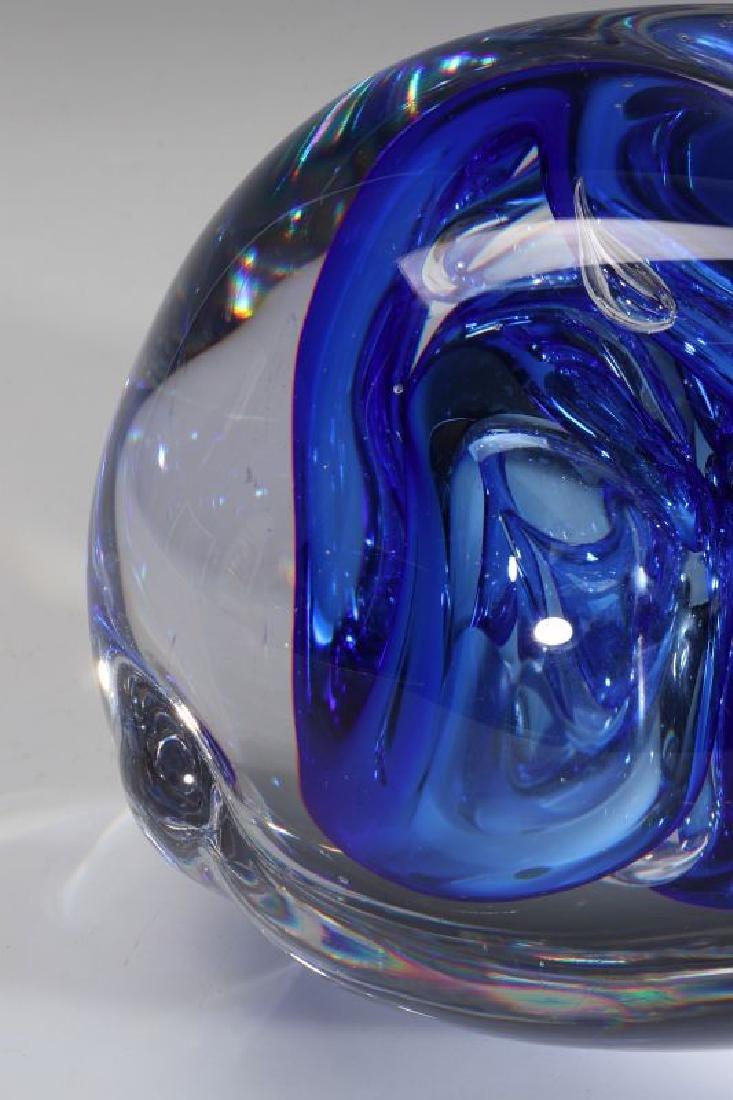 A 20TH C. STUDIO GLASS SCULPTURE SIGNED LEERDAM - 2