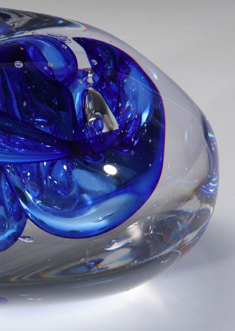 A 20TH C. STUDIO GLASS SCULPTURE SIGNED LEERDAM - 4