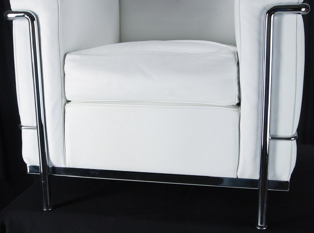 A CONTEMPORARY 'CASSINA' LC3 LEATHER ARM CHAIR - 4