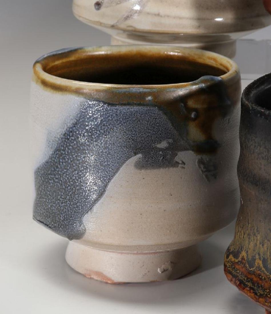 A COLLECTION OF 20TH CENT STUDIO CERAMICS - 7