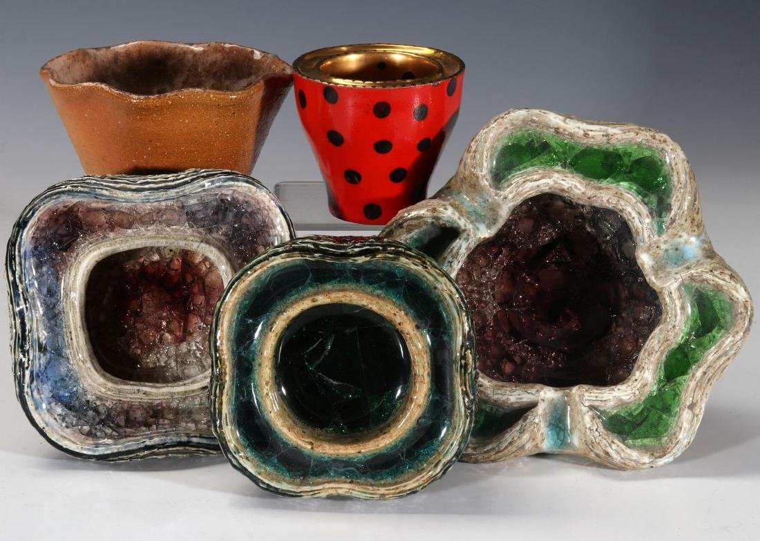 A COLLECTION OF WAYLANDE GREGORY POTTERY PIECES