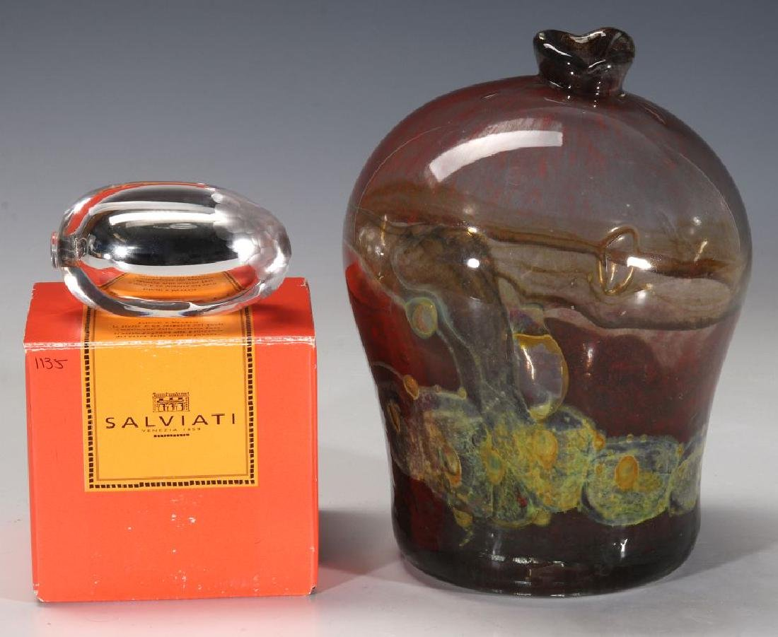 A COLLECTION OF MID TO LATE 20TH CENTURY ART GLASS - 10